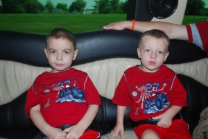 Brisan and Parker in Limo 60709